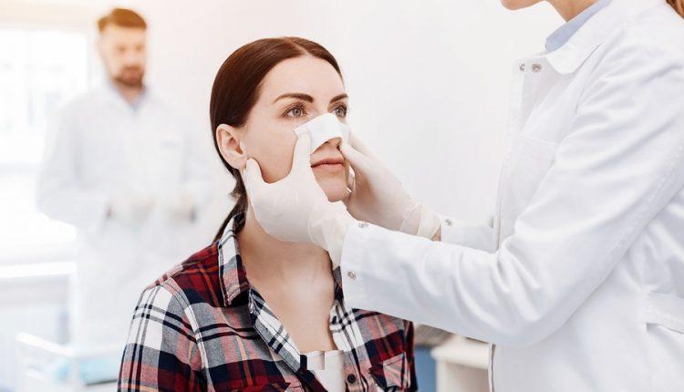 شست و شوی بینی بعد از عمل بینی